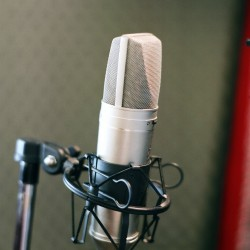 Microphone for interviewing